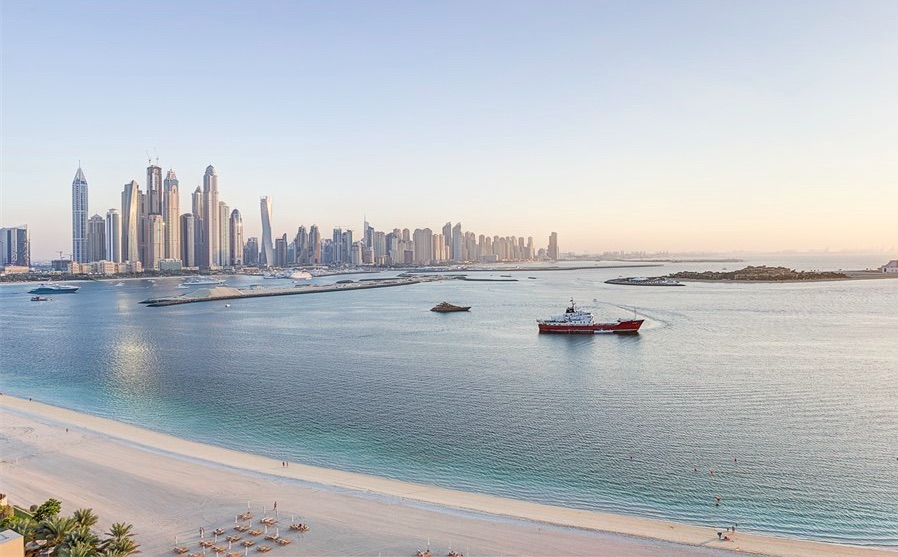 Apartment Fairmont north Palm Jumeirah Dubai