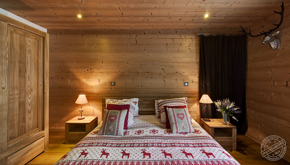 Bedroom for guests in Holiday Chalet for rent in Megeve, France
