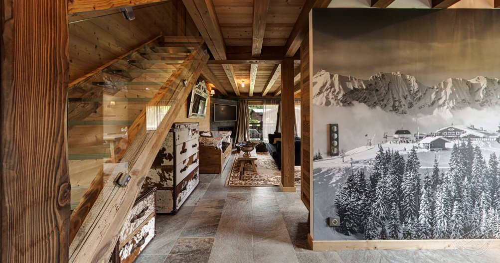 Chalet for sale in Megeve France hall