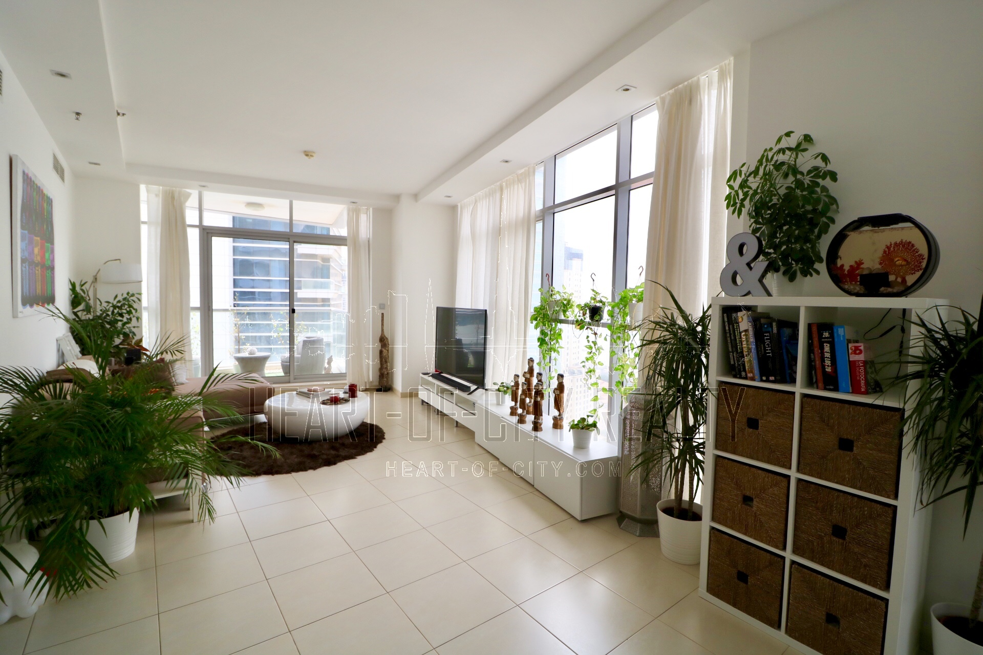 Living Room In Apartment Duplex For Rent Sky View Tower Dubai Marina