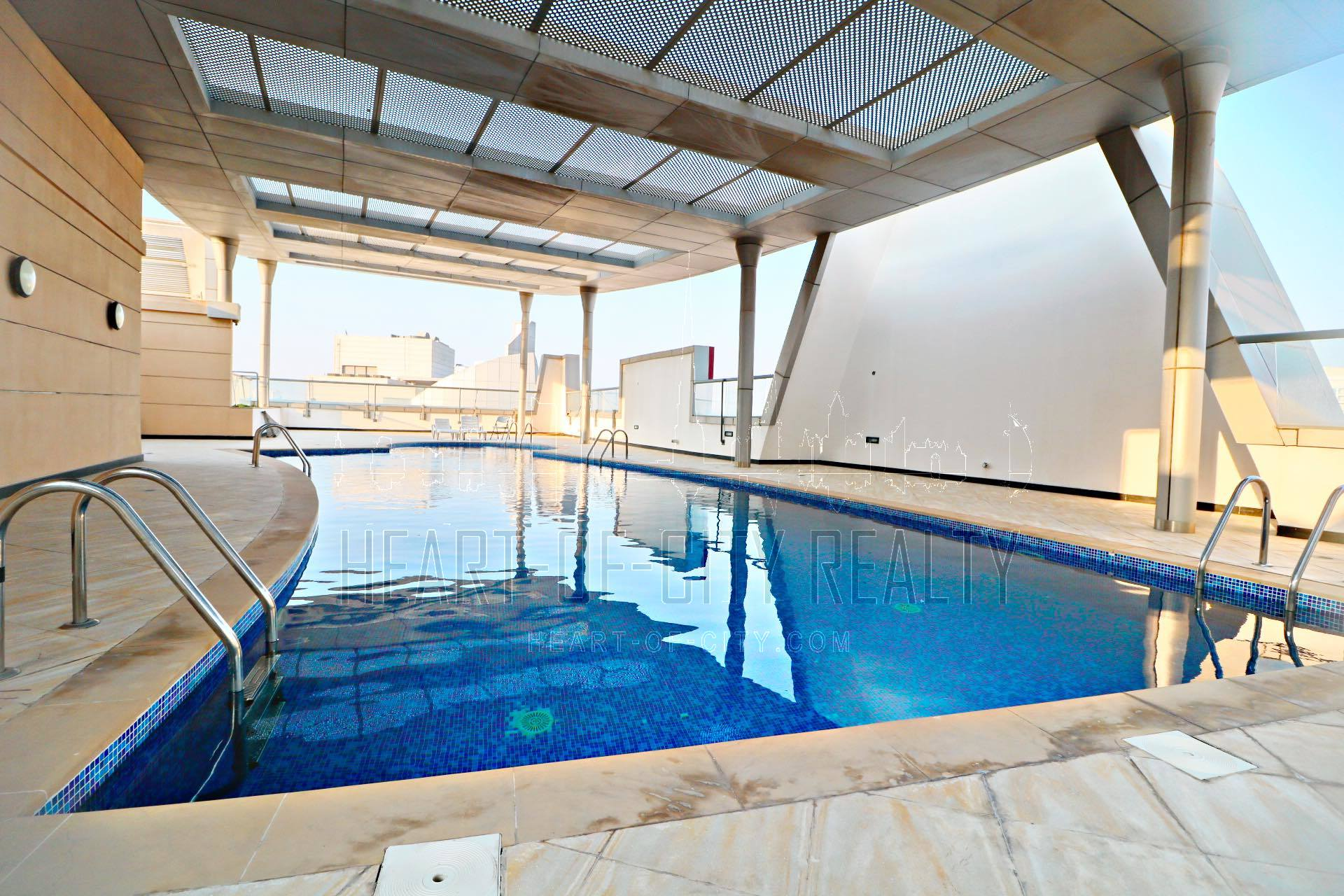 Pool in Hub Canal 2 at Dubai sports city