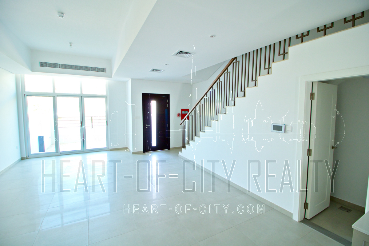 Townhouse for sale Somerset Mews in JVC Dubai