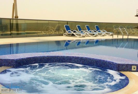 Jacuzzi at The Spirit at Dubai Sports City