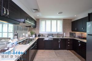 Kitchen in Villa for rent at Jumeirah Park in Dubai