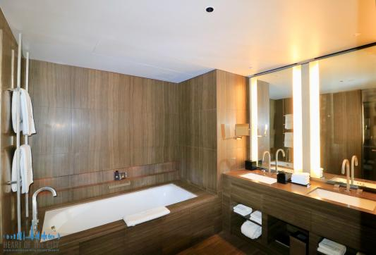 Bathroom in Apartment for rent in Armani Residence - Burj Khalifa in Dubai Downtown