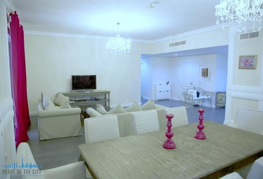 Living room in holiday apartment for rent at JBR Dubai