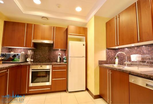 Kitchen in holiday apartment in Fairmont Residence at Palm Jumeirah Dubai