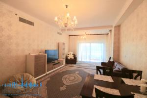 Living room in holiday apartment in Fairmont Residence at Palm Jumeirah