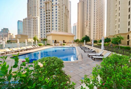Swimming Pool at Sadaf 7 JBR Dubai