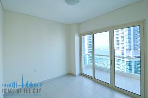 Bedroom in Apartment for sale Royal Oceanic Dubai Marina