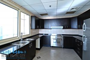 Kitchen in Apartment for sale Royal Oceanic Dubai Marina