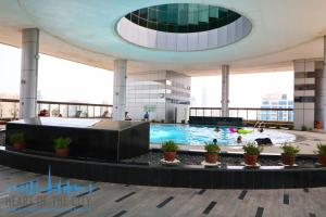 Swimming Pool in Madina Tower at JLT Dubai