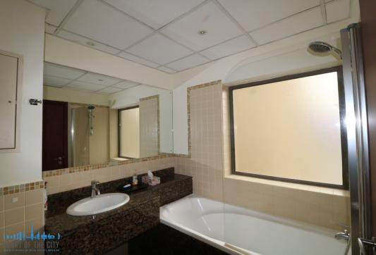 Master Bathroom in Apartment for rent in Bahar at JBR Dubai