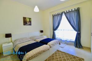 Second bedroom Apartment for rent in Bahar at JBR Dubai