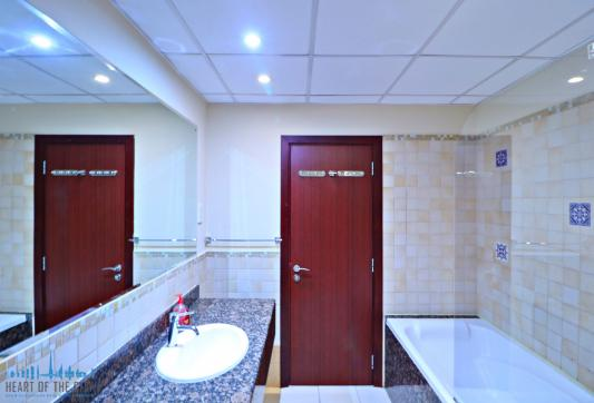 Bathroom in apartment for rent in Rimal-1 at JBR Dubai