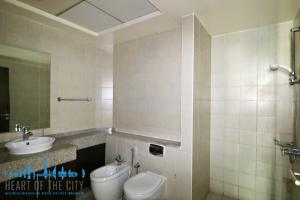 Bathroom in Apartment for sale in Torch Tower in Dubai Marina