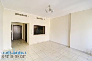 Living Room in Apartment for sale in Torch Tower in Dubai Marina