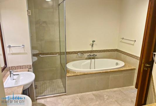 Master Bathroom in Apartment for rent in Fairmont South Residence in Palm Jumeirah Dubai