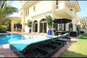 Swimming Pool in Villa at Frond D of Palm Jumeirah in Dubai