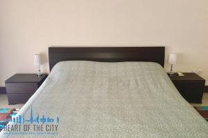 Bedroom in Apartment for rent in Golden Mile